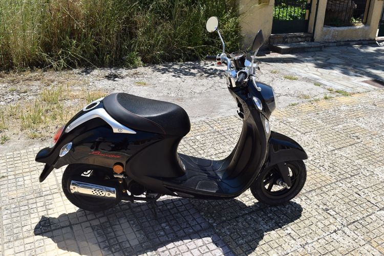 Kefalonia scooter rentals 03